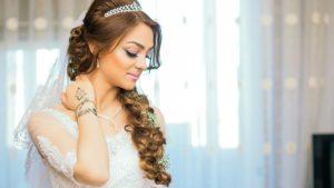 BrideWithMangalsutra1