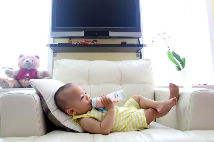 TRAVEL BABY BOTTLE
